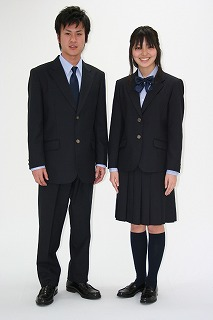 津田沼 高校 制服