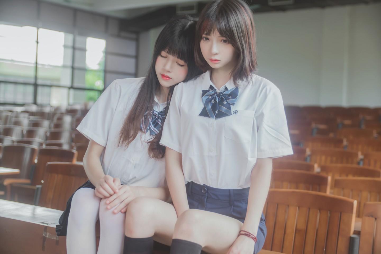 桜桃喵&疯猫ss《JK百合》