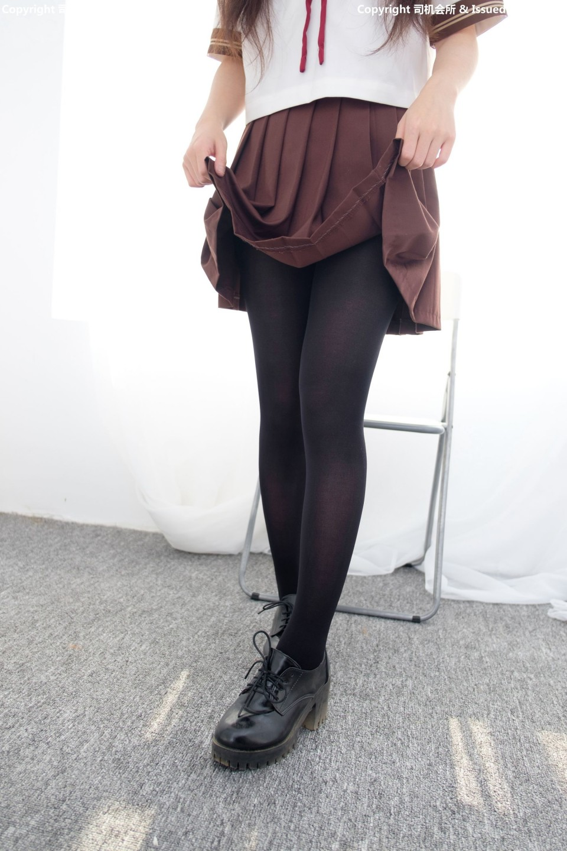 黑絲襪褐色水手服